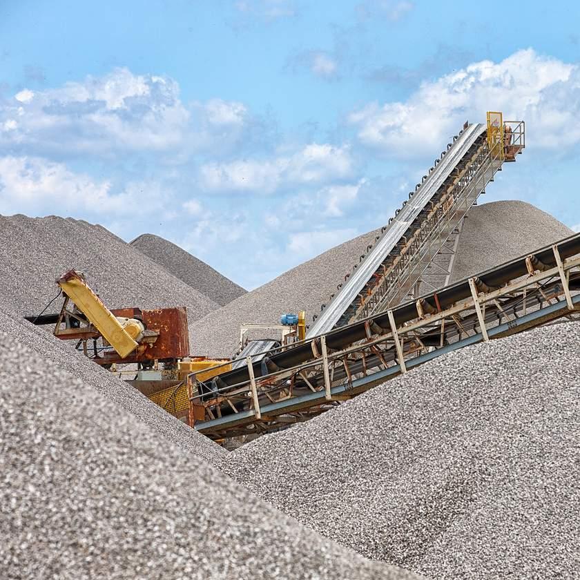 newport gravel conveyer belt